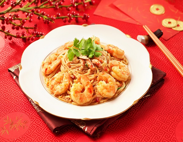 Braised Prawns Crab meat and Efu Noodles in Oyster Sauce600x465