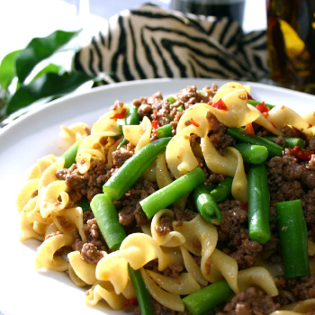 Recipe Beef Egg Noodles with Green Beans