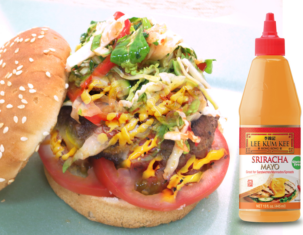 Recipe Black Pepper Burger with Sriracha Mayo and Thai Sweet Chili Slaw
