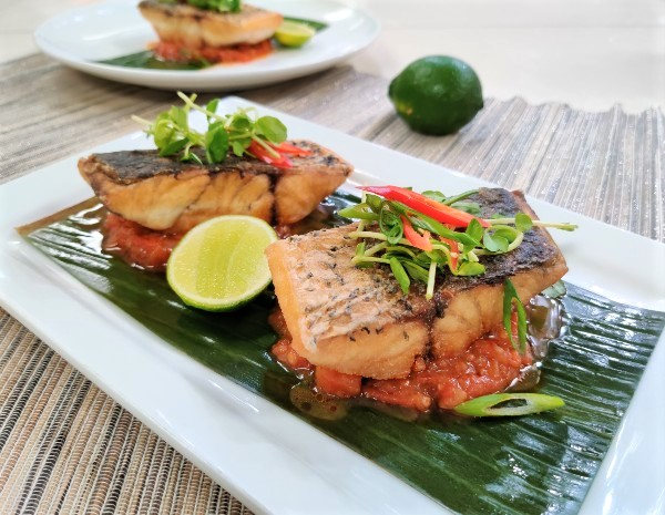 Recipe Pan Fried Fish with Fine Shrimp Sauce and Chili (1)